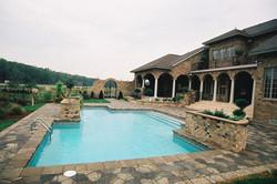geometric liner pool