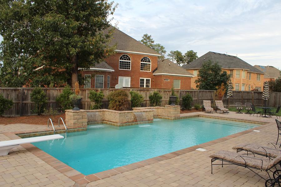 geometric liner pool 2