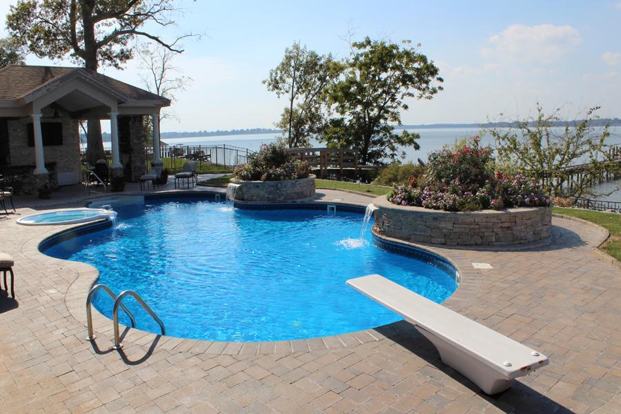 Freeform liner pool 5