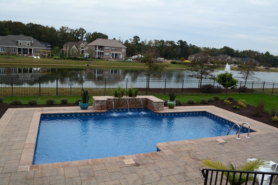 geometric liner pool 5