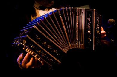 tangotaxidancers_d_05_copyright_anna_fiore.jpg