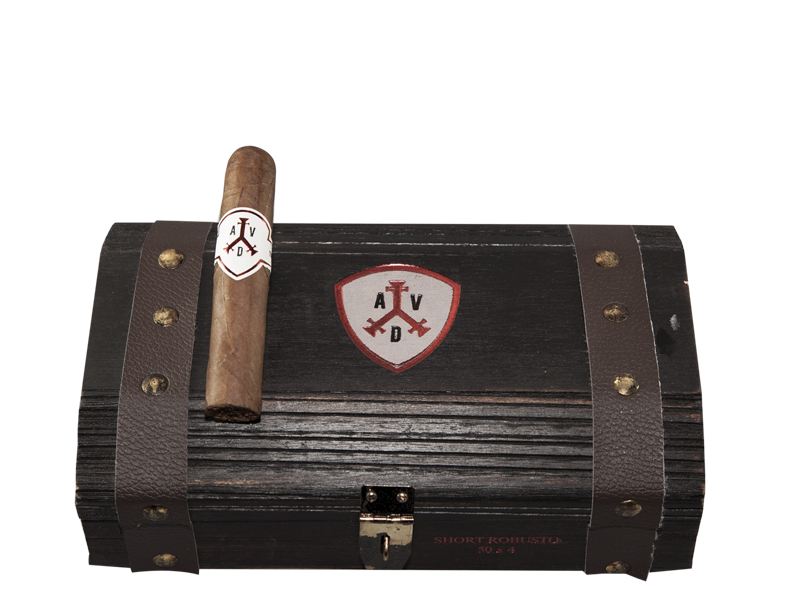 Short Robusto: Box of 19