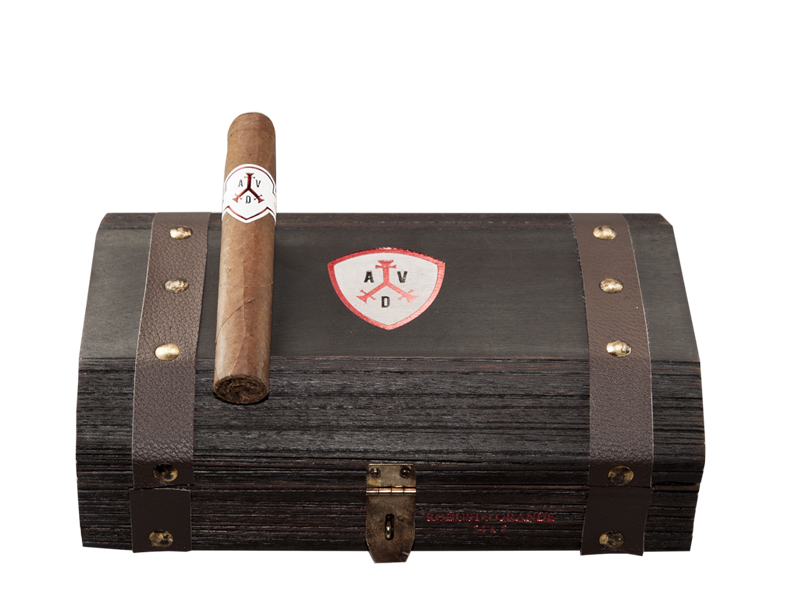 Robusto Grande: Box of 19