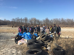 Volunteers clean up trash