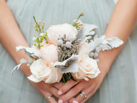 A BOUQUET of Knowledge: Selecting Your Bridal Bouquet