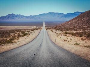 SpeedHolics Top 6 Driving Roads in North America