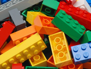 Kom og bygg med tusenvis av LEGOklosser!
