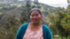 María Angelita Guncay Espinoza es tejedora de Sombreros de Paja Toquilla (Panama Hats) y socia de MAKI FairTrade. Vive en Bacpancel, Gualaceo, Azuay, Ecuador.