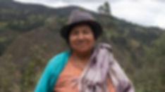 María Carmen Guncay Zapatanga es tejedora de Sombreros de Paja Toquilla (Panama Hats) y socia de MAKI FairTrade. Vive en Bacpancel, Gualaceo, Azuay, Ecuador.