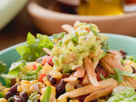   5 easy ways to make yourself eat  a salad