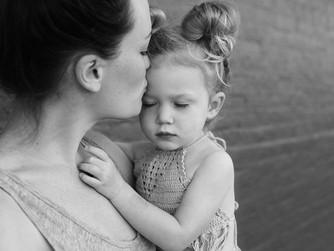 Comment se préparer à confier son enfant à la crèche ou chez une nounou ?