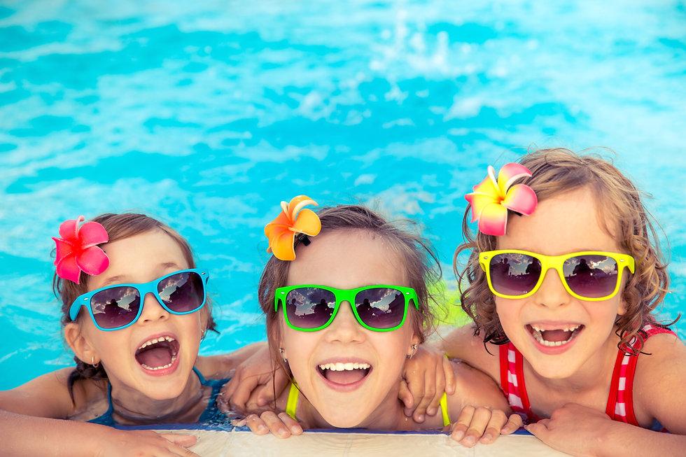 Kids-in-Pool-shutterstock_636687880.jpg