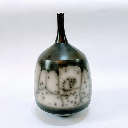 Chris Hawkins Ceramics - No9 Naked Raku (Slip Resist)
