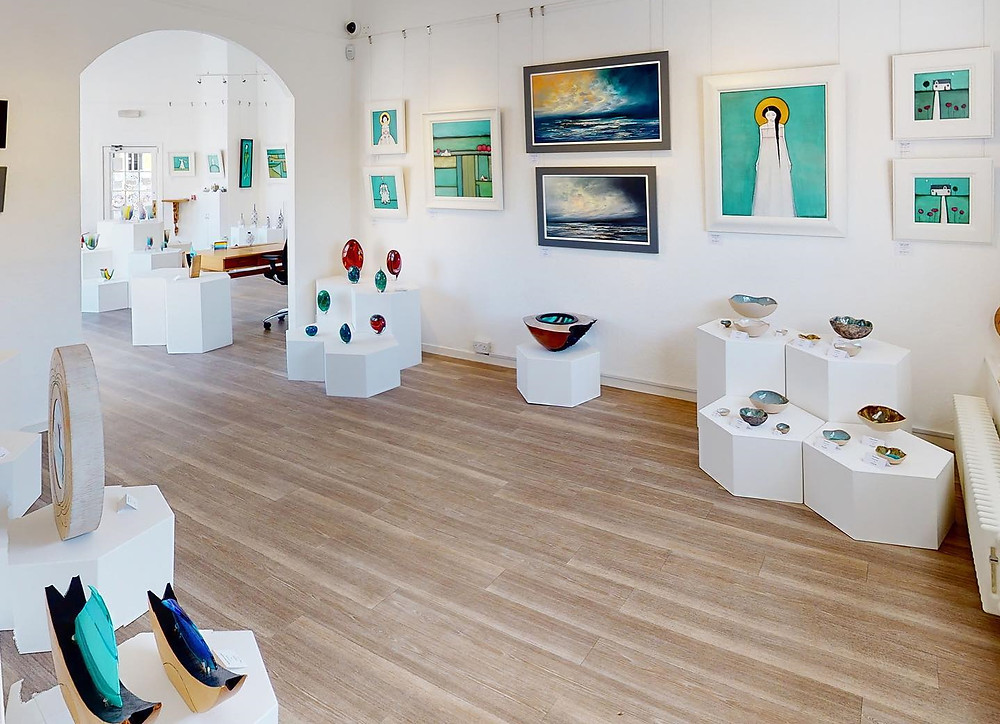 10 of the best Contemporary Scottish Art Galleries - The Strathearn Gallery