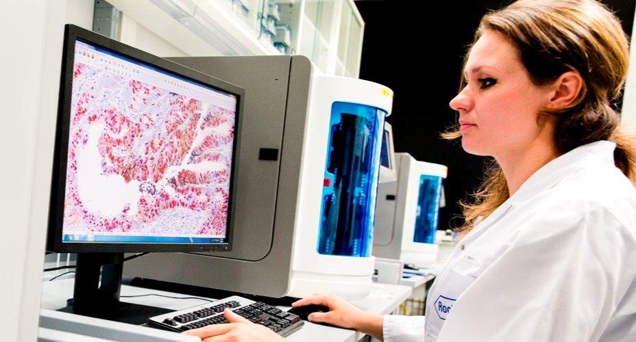 Roche Ecuador, covid-19, emergencia sanitaria, almacenar información, Microsoft Azure, Xenturion IT, Juan Carlos Blum, estatus de la pandemia