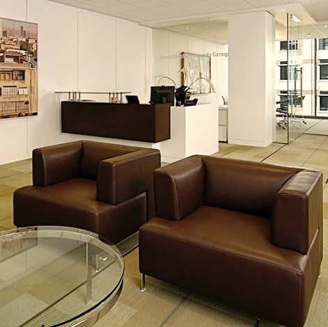 CONTEMPORARY DOWNTOWN OFFICE