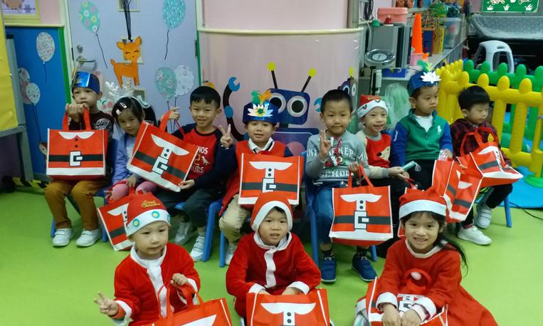 聖誕PARTY.jpg