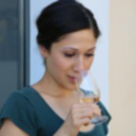 Nuria - wine.png