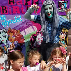Orlando Party Characters - Monster High Party
