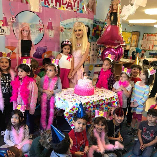 Orlando Party Characters - Barbie Dreamhouse Party