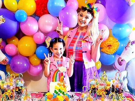 Jojo Siwa Party Characters, Jojo Siwa birthday party, Jojo Siwa impersonator, orlando princess party, rent a princess orlando, ever after characters, hire jojo siwa for a birthday party, jojo siwa visits