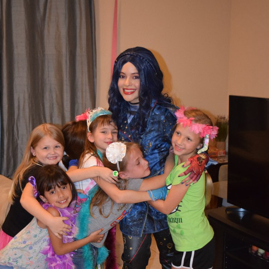 Orlando Party Characters - The Descendants Party