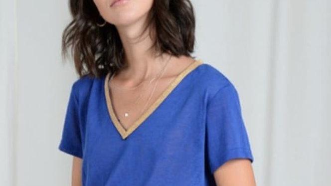 TEE shirt bleu dur
