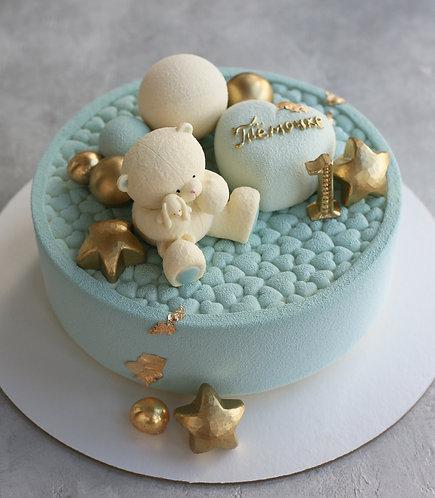 Детский торт на 8-10 человек: бархатные сердца со зверушкой