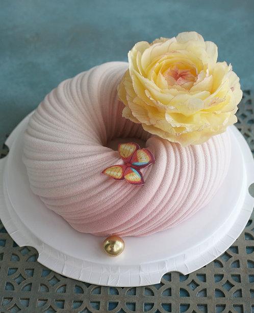 Торт на 10-12 человек, Плетение с вафельным цветком