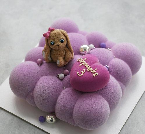 Торт-облако на 8-9 человек, с шоколадной игрушкой