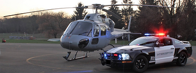 Photo accompagnée d'un hélicoptère de l'armée de l'air