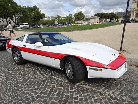 Corvette Futé Agence Tous Risques Location Barricade France