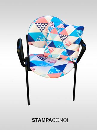 sedia blu fronte 2_edited.jpg