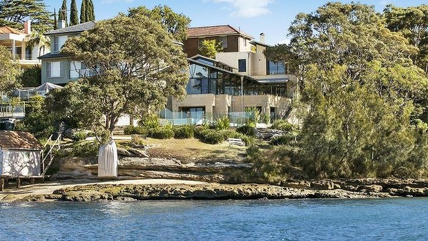 WooBuyers -  Water front mansion in Longueville sold to a Chinese buyer