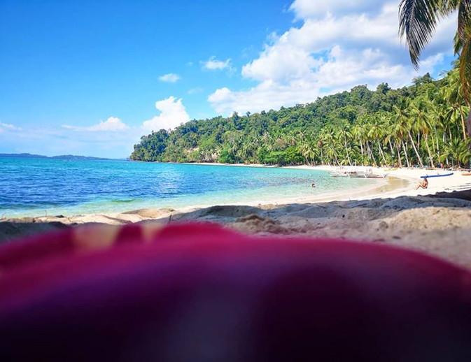 The view from a sarong that's been to mo