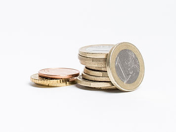 Pièces de 1 euros empilées
