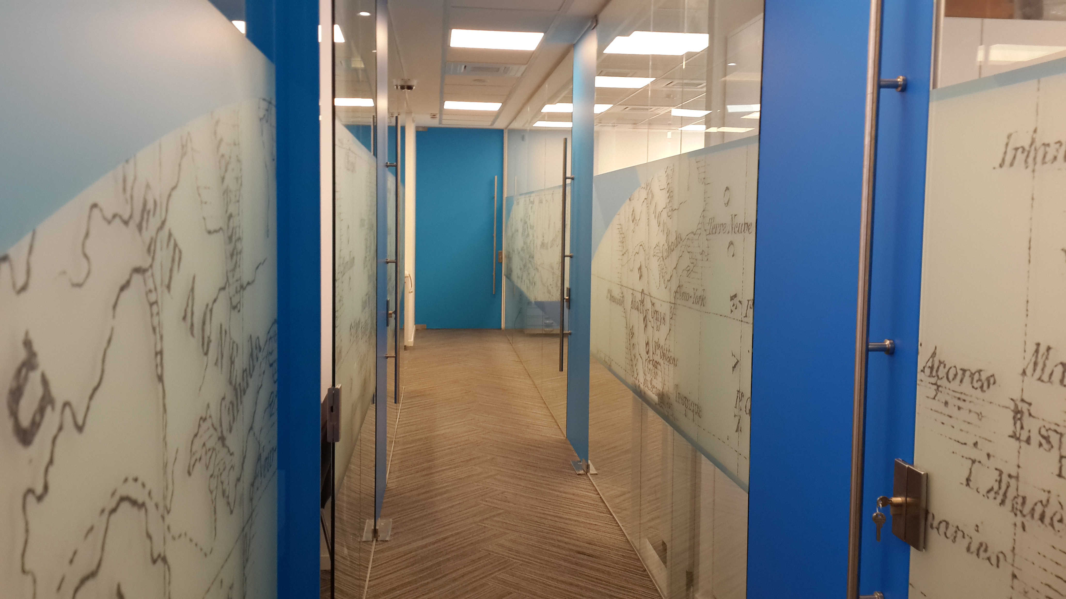 עיצוב פרוזדור במשרדים