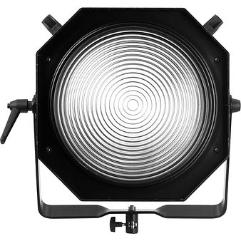 100706_b_Profoto-ProFresnel-Spot-front_P