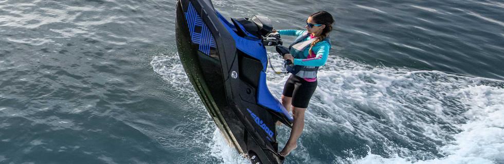 SEA-MY22-REC-SPA-TRIXX-2UP-900ACE90-DAZZLINGBLUE-Action-36242-RGB-WEB.jpg