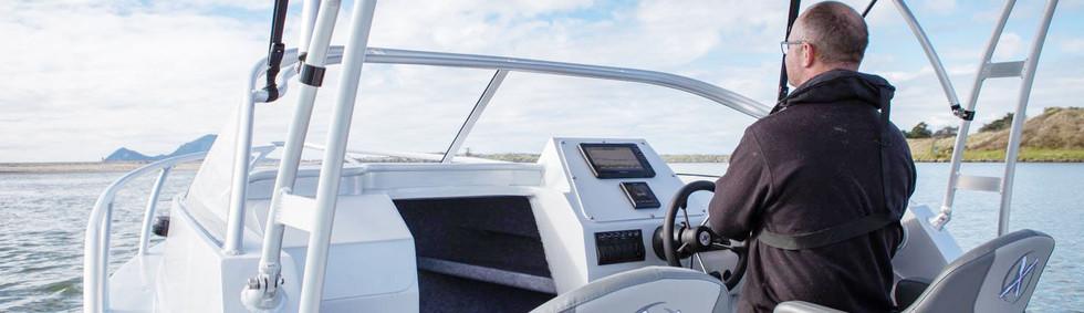extremeboats-605-sportfisher_3.jpg