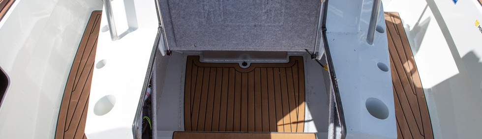 extremeboats-605-centre-console_3.jpg