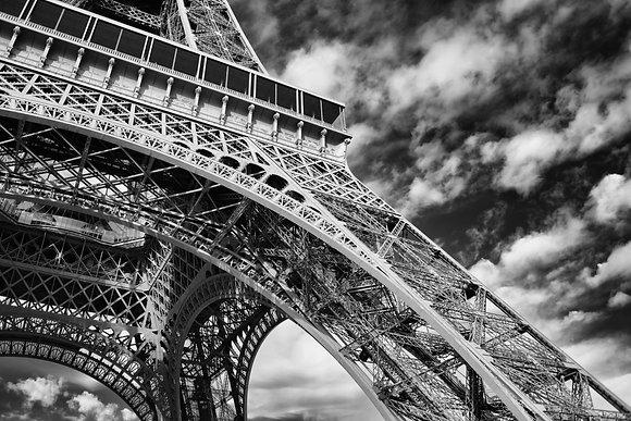 Photographie d'art I Photo d'art I Tableau photo I Tableau art I Eiffel tower conceptual I Frédéric Ducos I Artiste photo