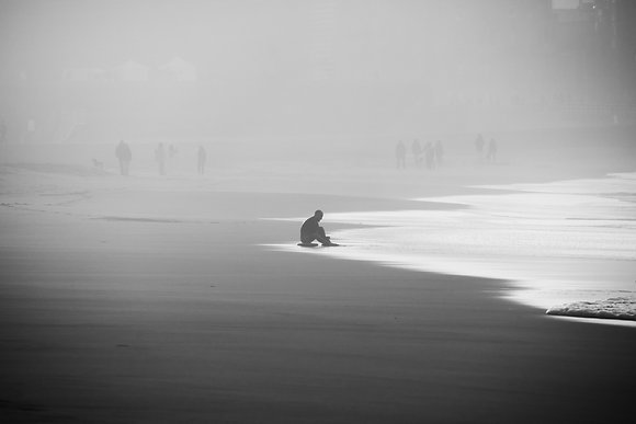 Photographie d'art I Photo d'art I Tableau photo I Bodyboarder at sunset in black and white I Frédéric Ducos I Artiste photo
