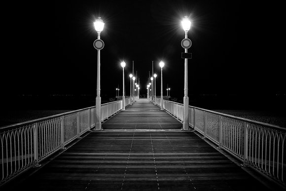 Photographie d'art I Photo d'art I Tableau photo I Tableau art I Pier by night I Frédéric Ducos I Artiste photographe I Art