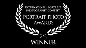 Portrait photo awards décerné à Frédéric Ducos artiste photographe