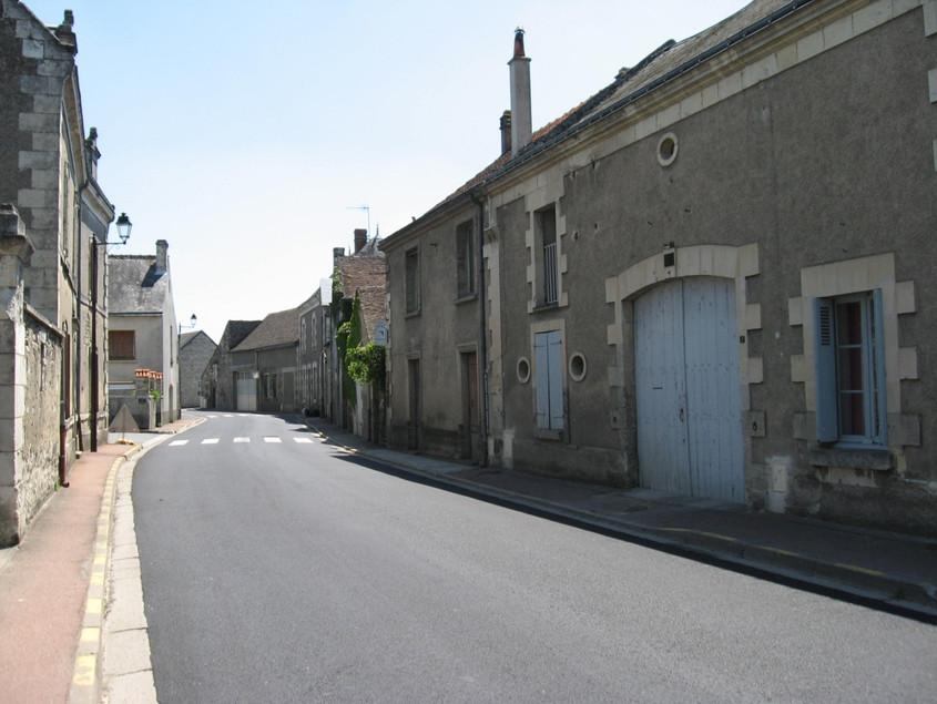 La rue Grande, direction L'Ile-Bouchard, XXIe siècle
