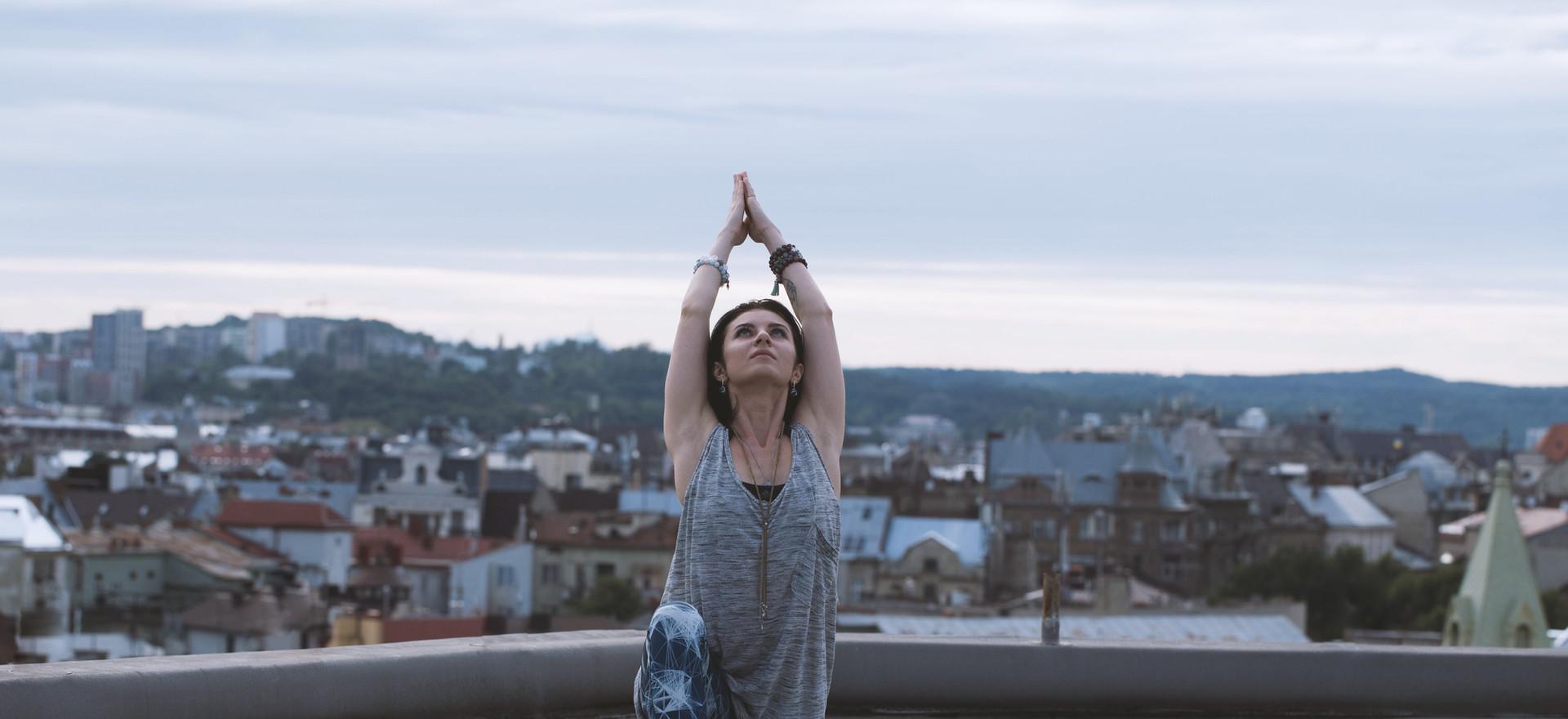 Rooftop Yoga in Marrakesch