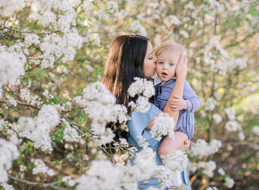 Brooklyn + Rhett | Motherhood Session in the Blossoms