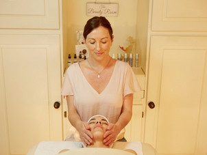 Spotlight: Facial Therapist Expert, Jenny McAteer