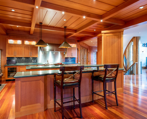 William's Joinery Custom Cabinets and Island